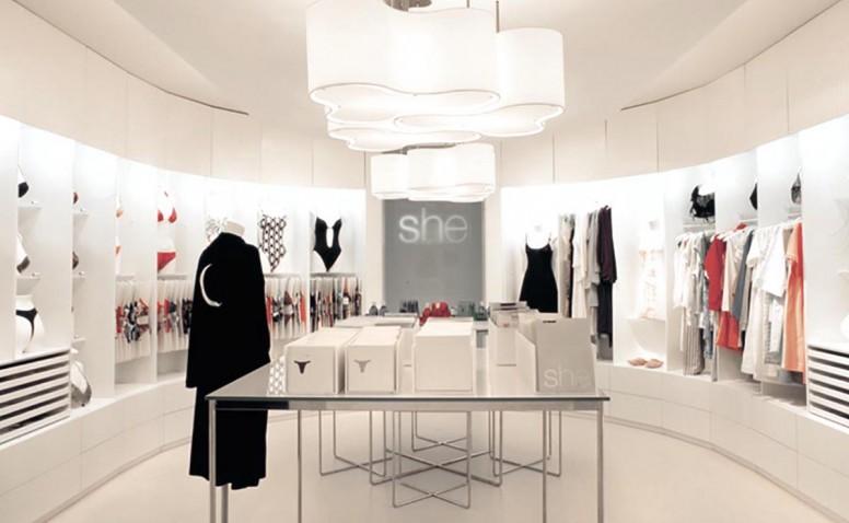 She - diseño retail